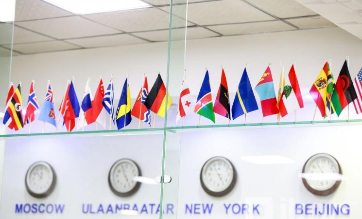 Жил бүр 80 тэрбумаар дэлхийн шилдэг сургуульд суралцсан залуусаа та нар хаана байна вэ?